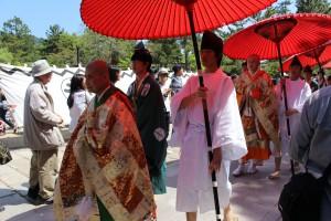 聖武天皇祭行列(日傘)